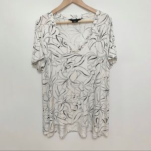 Michel Studio Collection White Patterned Tee